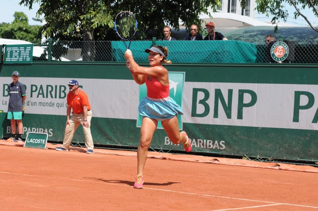27 year old Bulgarian, Elitsa Kostova (currently ranked 150th) participated in the qualifiers at Roland Garros.
